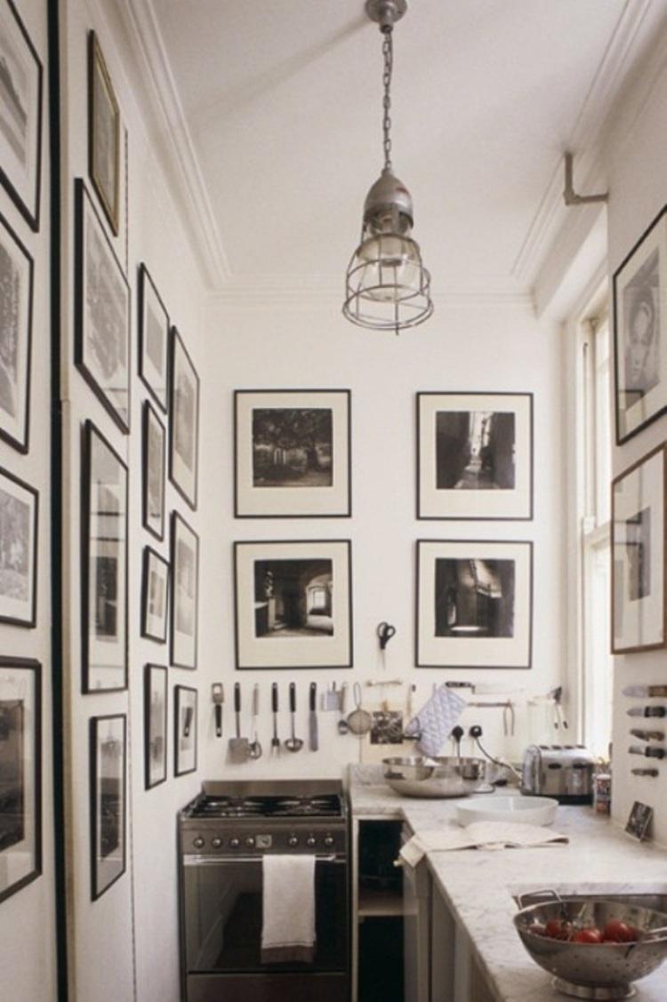 2 Artful Room