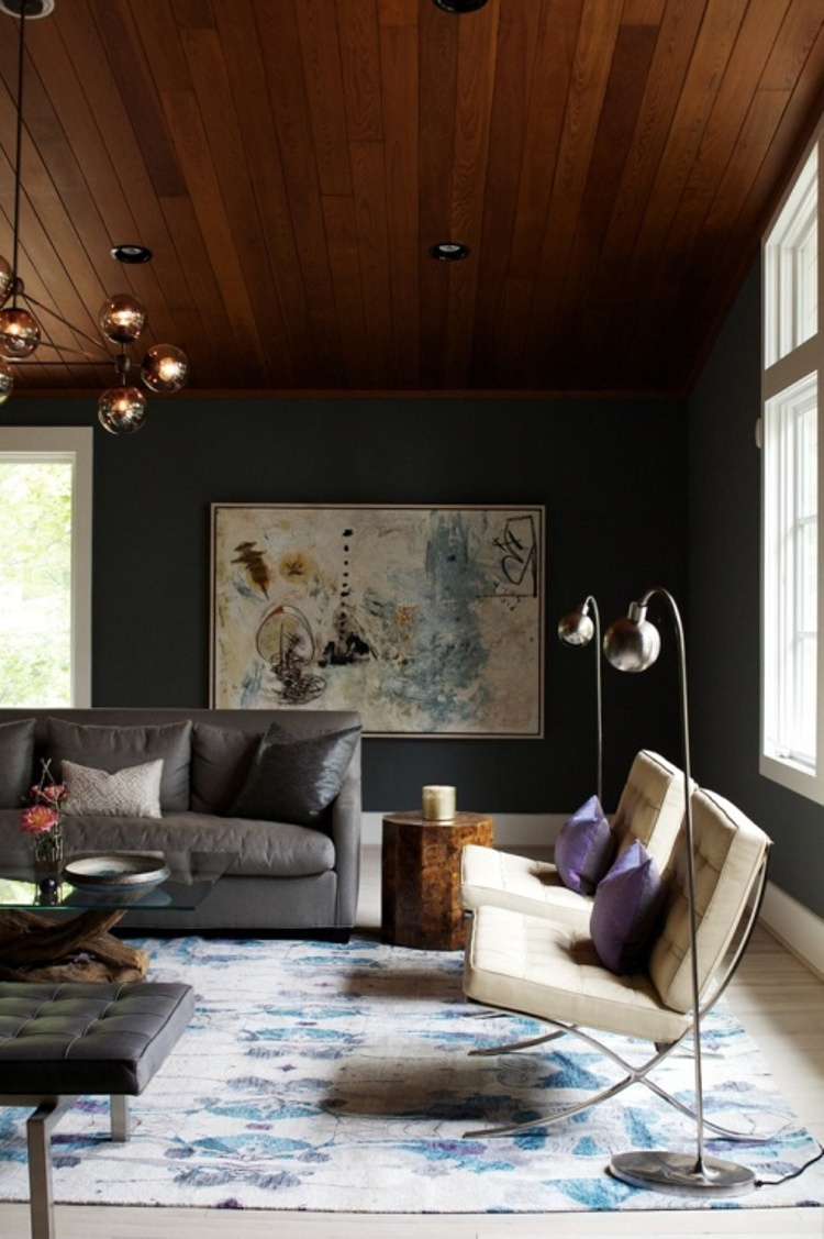 6 Artful Room