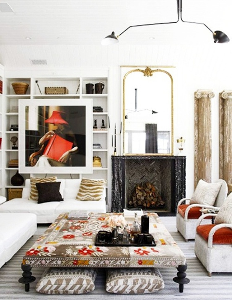 8 Artful Room