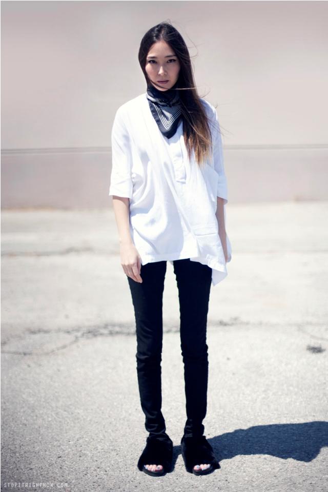 black white minimal