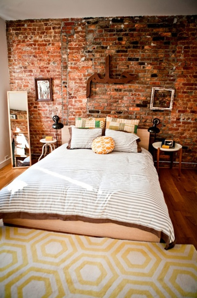 brick wall bedroom2