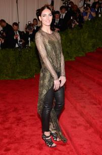 Hilary Rhoda in Wes Gordon - MET Gala 2013