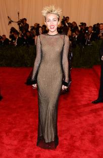 Miley Cyrus in Marc Jacobs - MET Gala 2013