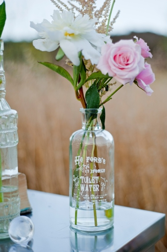 floral wedding decor with bottles5