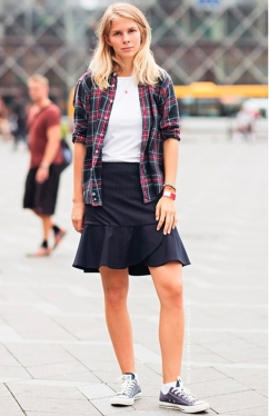 converse skirt