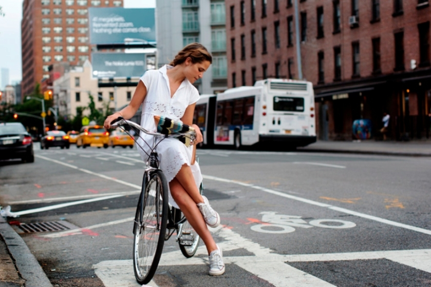 converse with bike