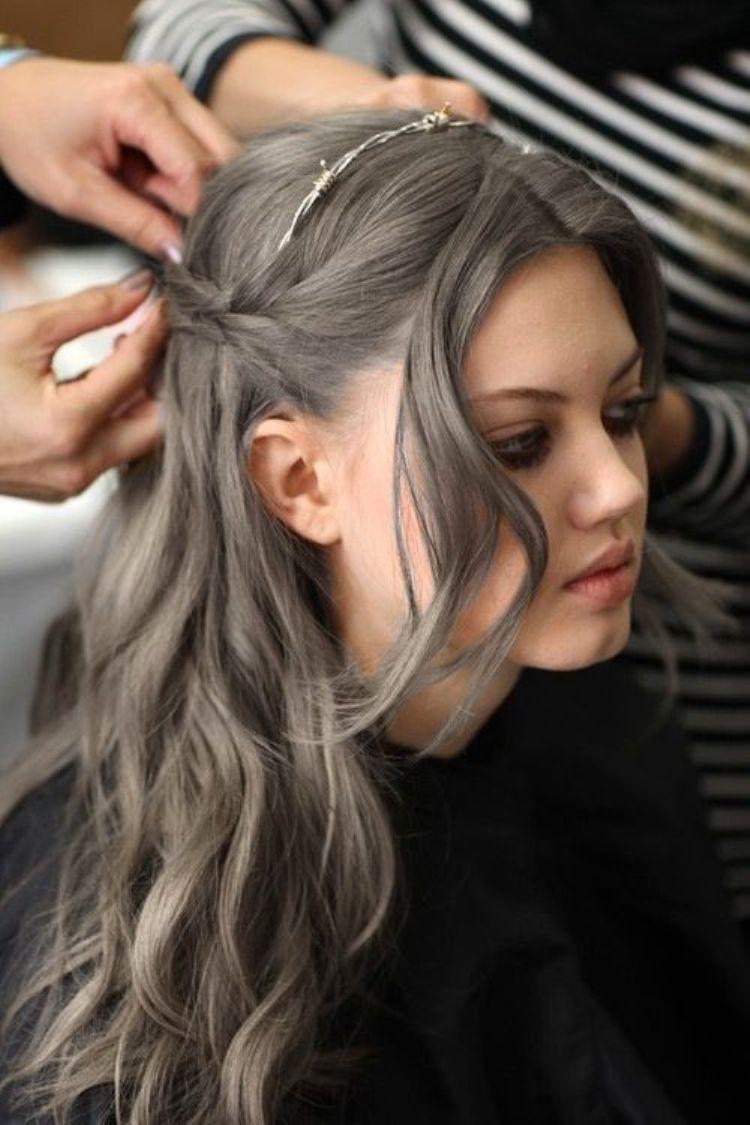 grey hair lindsay