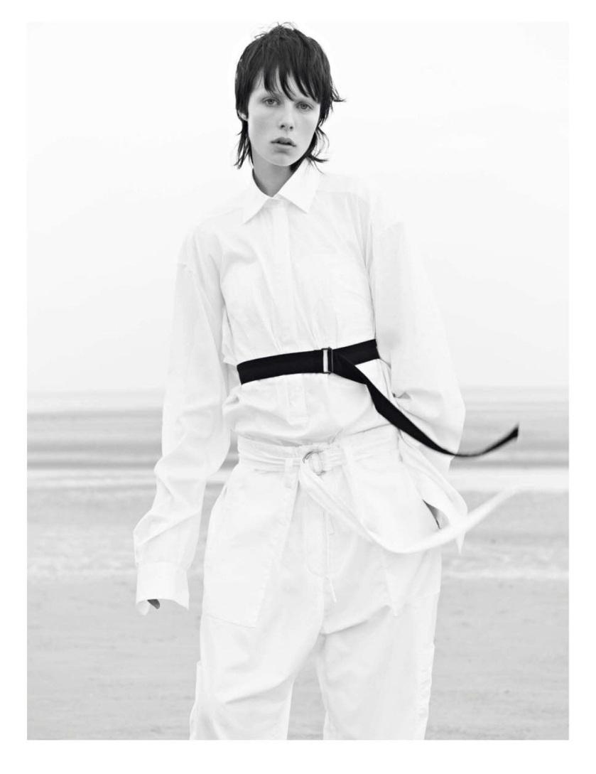 Vogue_Paris_N_942_-_Novembre_2013_04