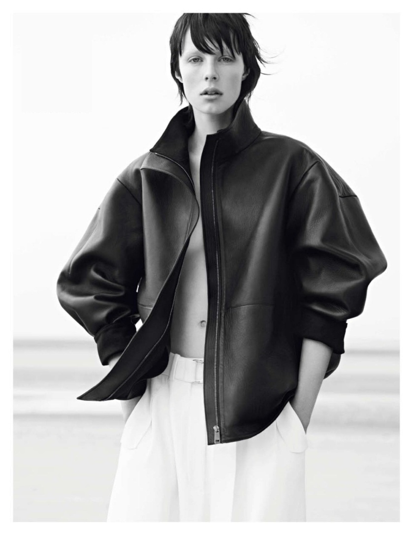 Vogue_Paris_N_942_-_Novembre_2013_09