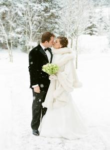 winter wedding photo in snow