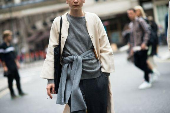 london waist sweater knot