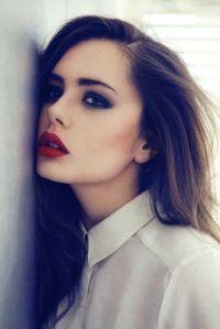 Deep red lips 2