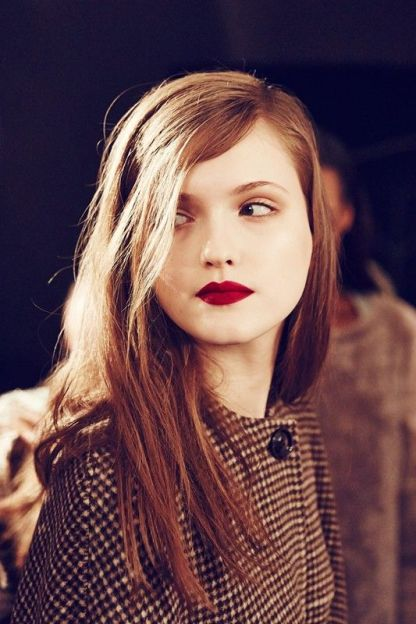 Deep red lips trend