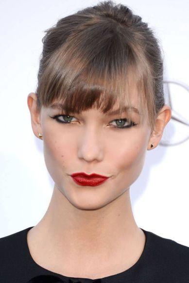 karlie kloss Deep red lips