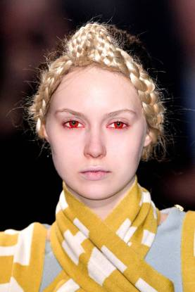 Halloween Makeup Inspiration From Runway | Undercover FW2014